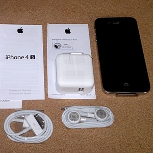 Apple Iphone 4S 64GB Unlocked Phones $500USD