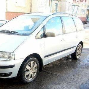 Продаю автомобиль Volkswagen Sharan