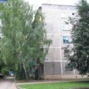 Продаю 3 ком-ую кв-ру ул. М.Павлова д.5