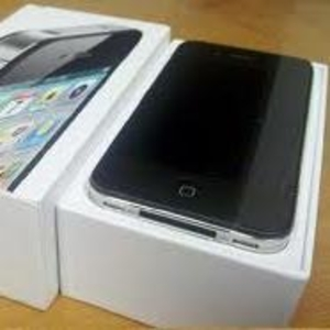 IPhone 4S 64GB  Skype: modern.electronics2