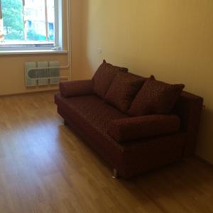 Сдам 1-комнатнатную квартиру на  длительный срок .