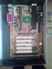 Продаю материнскую плату Gigabite с процесером intel